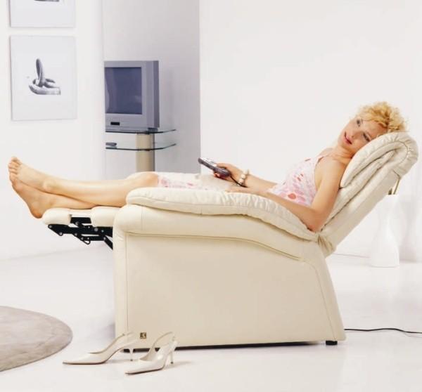 Klienci coraz częściej pytają w sklepach o fotele relaksacyjne.