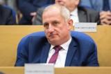 Wiceminister zdrowia ujawnił treść SMS-a od posła Sławomira Neumanna ws. maseczek. To interpelacja, a nie oferta - mówi poseł PO