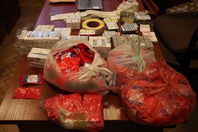 Za produkcję i handel tabletkami mężczyzna może spędzić w więzieniu nawet 8 lat