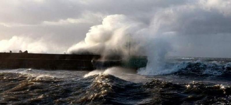 Urząd Wojewódzki i meteorolodzy ostrzegają: będzie bardzo mocno wiało.