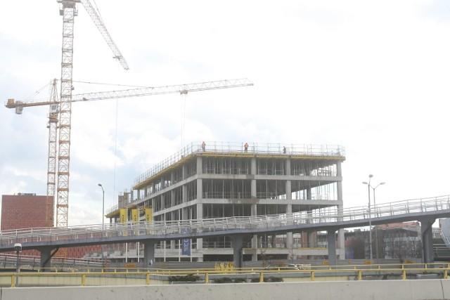Budowa biurowca LC Corp w Katowicach
