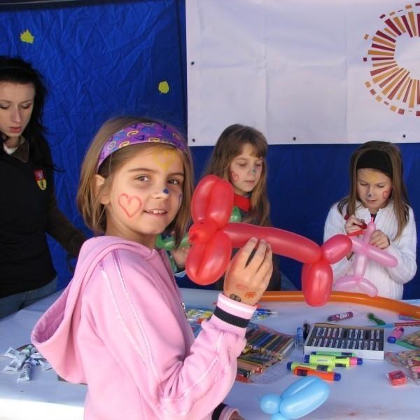 Wszystkie dzieci były bardzo zadowolone z zajęć zorganizowanych na placu miejskim