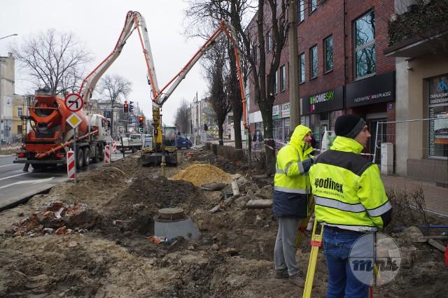 Przebudowa linii tramwajowej w Częstochowie ma się zakończyć w połowie 2021 rokuZobacz kolejne zdjęcia. Przesuwaj zdjęcia w prawo - naciśnij strzałkę lub przycisk NASTĘPNE