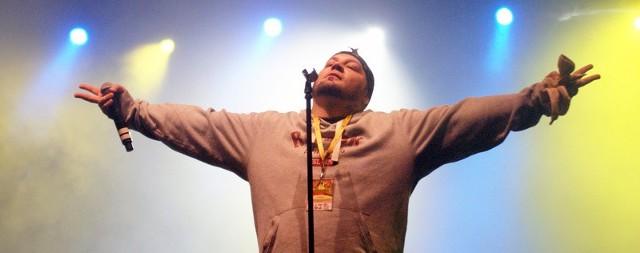 Jamal podczas koncertu na Juwenaliach 2013 w Słupsku.
