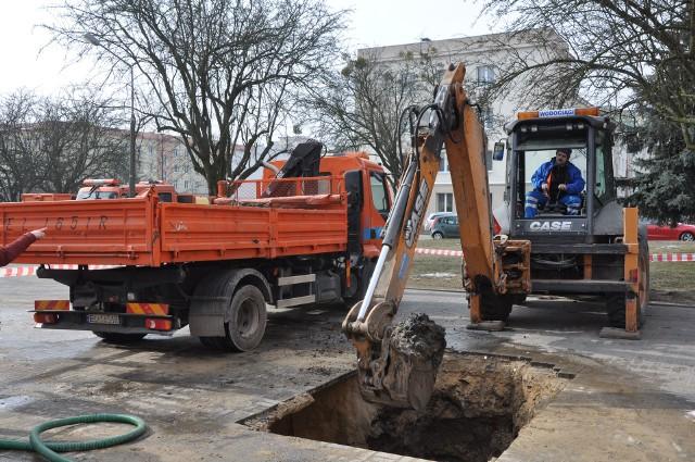 W Łodzi walczą z awariami wodociągowymi