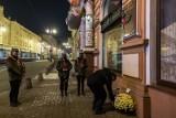 11 listopada w Bydgoszczy. Harcerze dekorują pomniki pod osłoną nocy [zdjęcia]