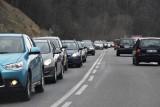 Zakorkowany dojazd na narty do Wisły i Szczyrku. Trasa 941 zablokowana od Ustronia