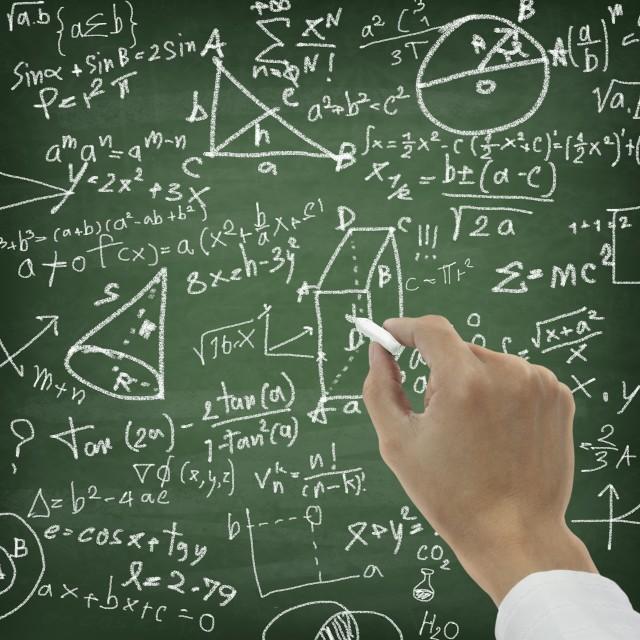 Matura 2018 z matematyki - część podstawowa.  Arkusze i odpowiedzi w portalu www.echodnia.eu