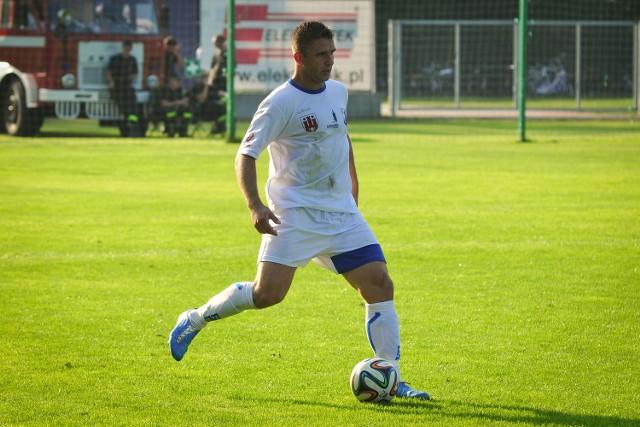 Kapitan MKS-u Łukasz Ganowicz znakomicie dyrygował defensywą naszego zespołu.