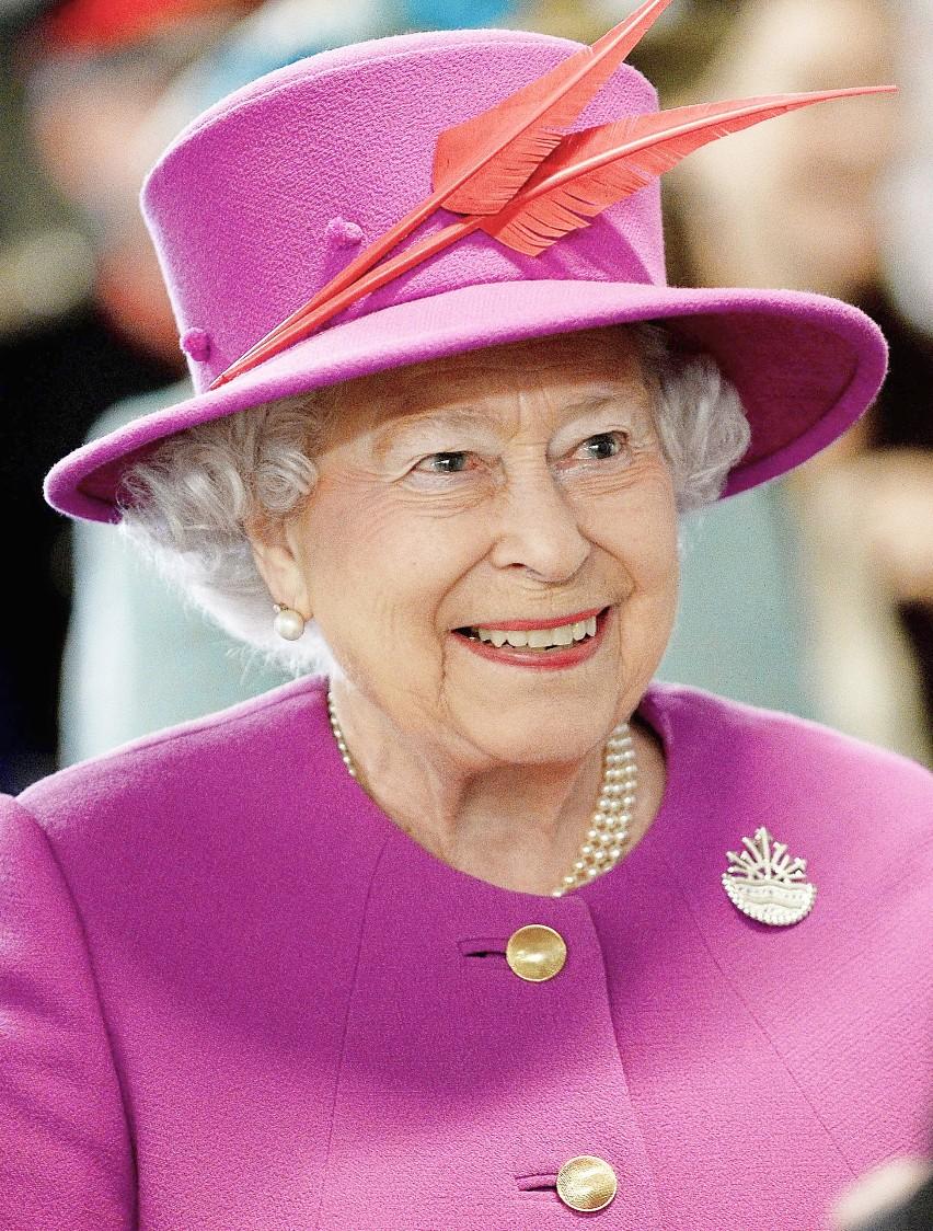 1. Po pierwsze królowa. Brytyjczycy naprawdę kochają swoją...