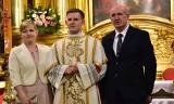 Wyjątkowe zdjęcia nowych diakonów diecezji kieleckiej z rodziną i przyjaciółmi po uroczystej mszy świętej w Bazylice Katedralnej