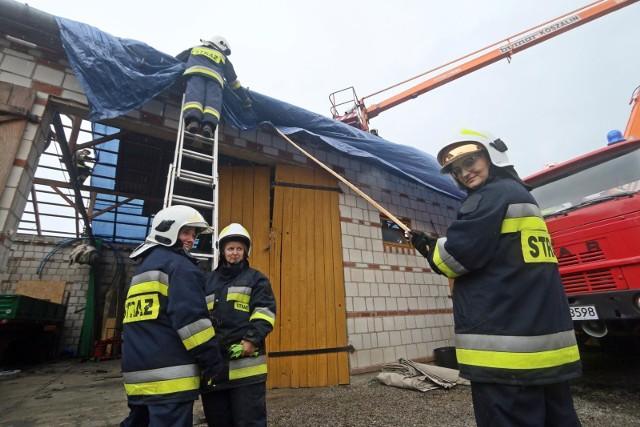 Posłowie opozycji oraz Zarząd Ochotniczych Straży Pożarnych ostrzegają, że istnieje niebezpieczeństwo, że po wyborach parlamentarnych partia obecnie rządząca spróbuje upaństwowić OSP wraz z jej mienie. Z kolei PiS zapewnia o całkowitym wsparciu dla ochotniczych straży pożarnych.