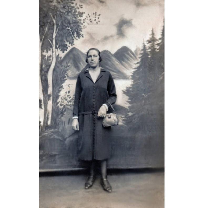Maria Ratajczak na jedynym zdjęciu, jakie zachowało się po wojennej zawierusze
