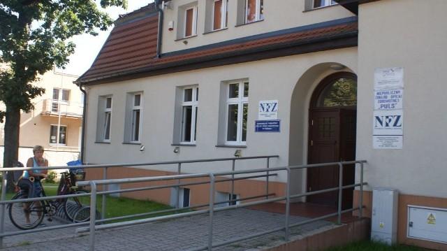 Budynek czerskiej przychodni zdrowia.
