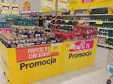 Całkowita wyprzedaż w Tesco w Katowicach. Napoje, słodycze i kosmetyki kosztują grosze, bo Tesco jest likwidowane