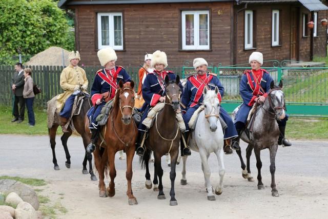 Sabantuj to widowiskowe święto, w trakcie którego można bliżej poznać kulturę polskich Tatarów. W sobotę w Kruszynianach będzie można podziwiać m.in. umiejętności tatarskiej kawalerii.