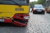 Wypadek na Stabłowicach. MPK uruchomiło autobus awaryjny