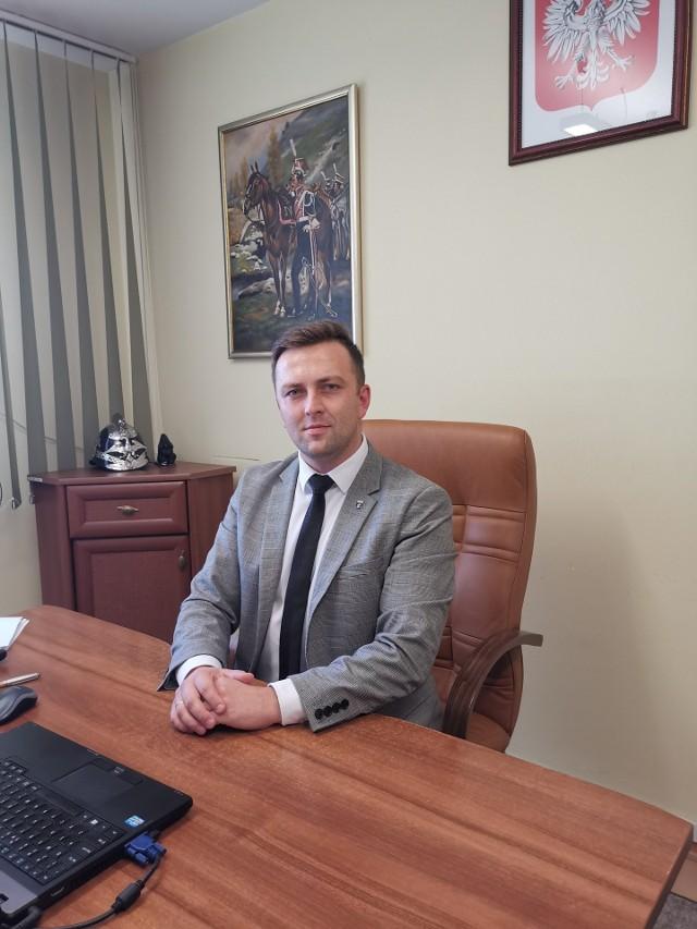 - Zaszczepiłem się, kiedy tylko była taka możliwość - mówi Mateusz Liput, wójt  gminy Krościenko Wyżne