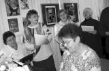 Mieszkańcy Gubina w latach 90. i 2000. Zobaczcie stare zdjęcia z książki Stowarzyszenia Przyjaciół Ziemi Gubińskiej