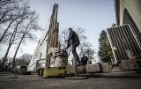 Przy Muzeum Obrony Przeciwlotniczej w Koszalinie powstaje instalacja artystyczna [ZDJĘCIA]