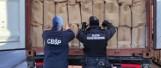 Gdynia: Funkcjonariusze Krajowej Administracji Skarbowej i Centralnego Biura Śledczego Policji udaremnili wielki przemyt papierosów