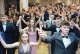 Studniówka 2020: XII LO w Poznaniu bawiło się w hotelu Mercure [ZDJĘCIA]