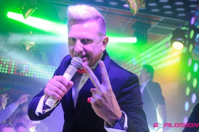 Wieczorem na terenie Ośrodka Sportu i Rekreacji w Jedlińsku dla miłośników tanecznej zabawy zagra zespół D-Bomb.