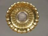 Nautilusy, złote talerze i domniemana piersiówka z polowań francuskiego króla. Zobacz wyjątkową wystawę w Wieliczce