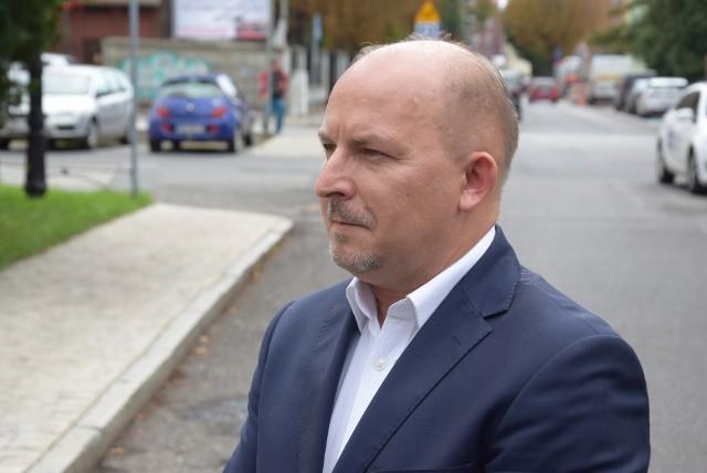 """Robert Węgrzyn o walce z COVID-19. W relacji polityk przyznaje: """"Przez trzy doby walczyłem o oddech. Zrozumiałem, ile mam szczęścia"""""""