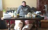 Jego nogi to dwie olbrzymie kłody. Grzegorz Bartnik z Namysłowa potrzebuje pomocy
