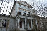 Unikalne zdjęcia pałacu w Kończewie. Pałac w ruinie idealny na scenografię horroru