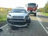 Kalnica. Wypadek na DK 66. Motocyklista wbił się w opla (zdjęcia)