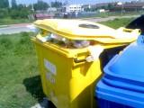 Ekologiczna 14: Pojemnik na plastikowe odpady nie jest opróżniany