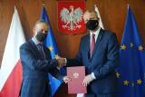 Czy 27 grudnia powinien być świętem narodowym? Wojewoda Zieliński podpisał deklarację wsparcia w tej sprawie