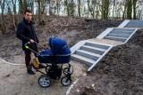Zmiany w rewitalizowanym parku na Stawkach. Po interwencji radnego i naszej publikacji będą m.in. podjazdy dla wózków