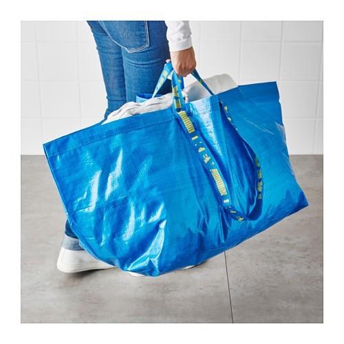 Torba IKEA łudząco przypomina torbę Balanciaga