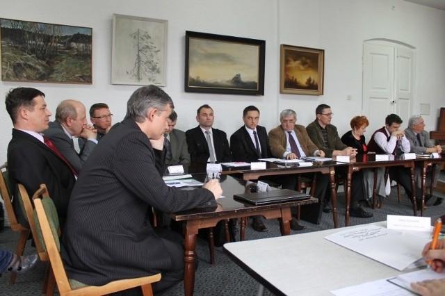 Radni podczas dzisiejszej sesji w Praszce