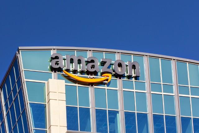 - Doniesienia o planowanym partnerstwie Amazona z Pocztą Polską pokazują, że zamiary amerykańskiego giganta wobec naszego rynku są poważne- komentuje ekspert.