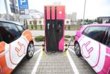 Samochody elektryczne: 25.08.2020. Teraz kupno elektryka będzie bardziej opłacalne. Ładowanie auta będzie tańsze dzięki specjalnej E-taryfie