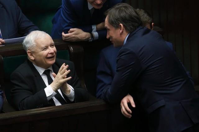 Polacy ocenili ministrów. Najgorzej wypadli Jarosław Kaczyński, Przemysław czarne i Zbigniew Ziobro