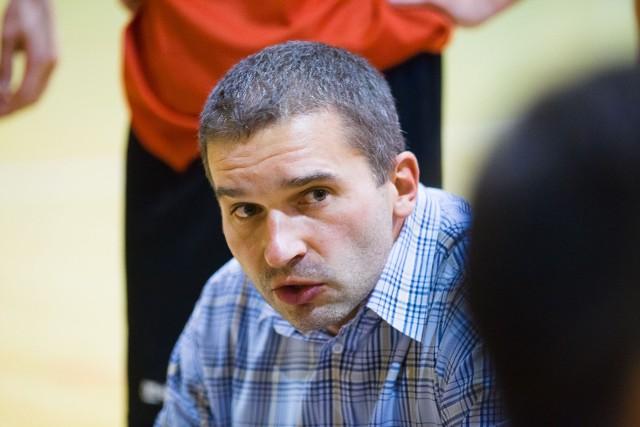 Trener Tura Kamil Zakrzewski musi przygotować sposób na zatrzymanie rozpędzonego Sokoła