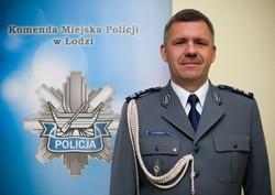 Marcin Grzelak w policji pracuje 21 lat. W 2000 roku skończył szkołę policyjną w Szczytnie