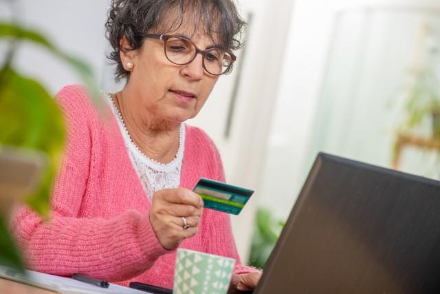 Szacowana wartość sektora e-commerce w naszym kraju może w tym roku przekroczyć 70 mld zł.
