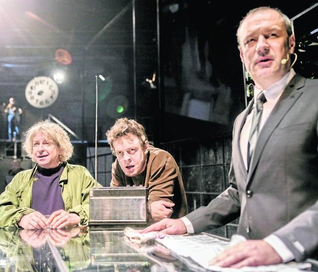 Od lewej: Wojciech Oleksiewicz, Adam Mortas i Gracjan Kielar. Wokalnie aktorzy Teatru Nowego pokazali dużą klasę