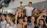 Prawie 150 uczniów rywalizowało w Mistrzostwach Szkół Podstawowych klas III - IV w pływaniu. Wygrała Szkoła Podstawowa 25 [ZDJĘCIA]