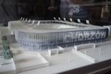 Ruch Chorzów. Kibice zapraszają na 6. urodziny… makiety nowego stadionu. Akcja przed Urzędem Miasta w Chorzowie