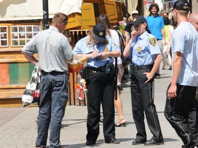 Działacze Ruchu Palikota chcą zorganizować szeroką debatę o straży miejskiej w Toruniu