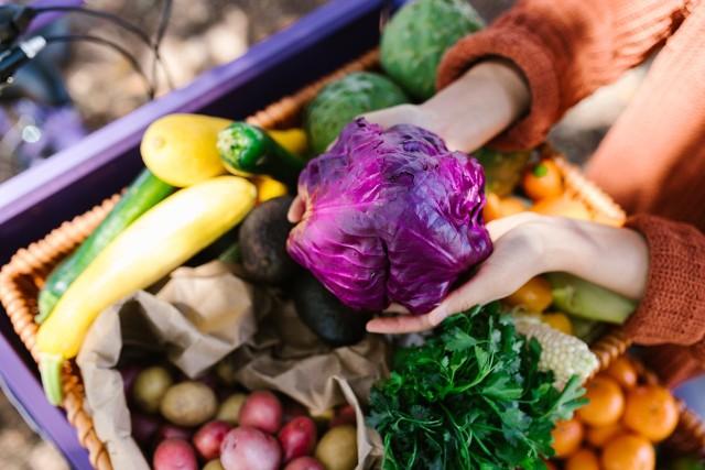 Zdrowe odżywianie jest jedną z kluczowych kwestii wpływających na odporność organizmu. Sprawdź z czego komponować jesienne dania ---->