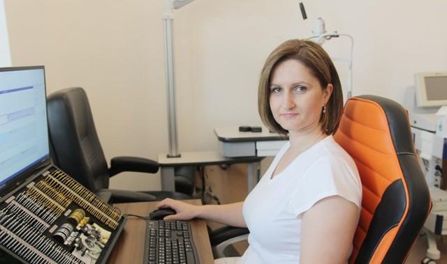 - Ból oka zawsze powinien być dla nas ważnym sygnałem ostrzegawczym - mówi doktor Justyna Krowicka, lekarz okulista.