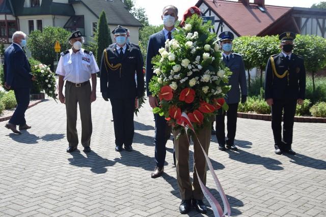 Święto Wojska Polskiego w Tychach.Zobacz kolejne zdjęcia. Przesuwaj zdjęcia w prawo - naciśnij strzałkę lub przycisk NASTĘPNE